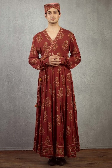 Silhouettes of Indian Apparel